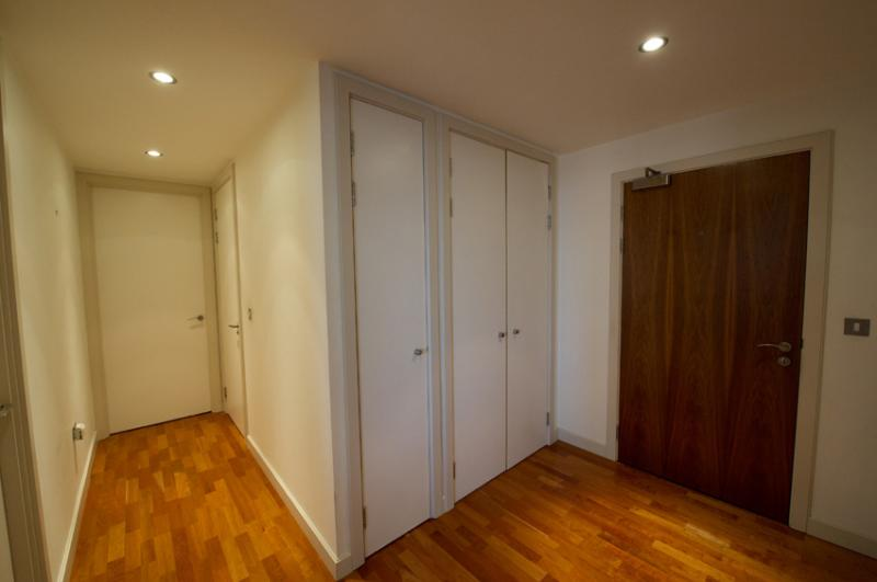 /Leftbank Apartments,