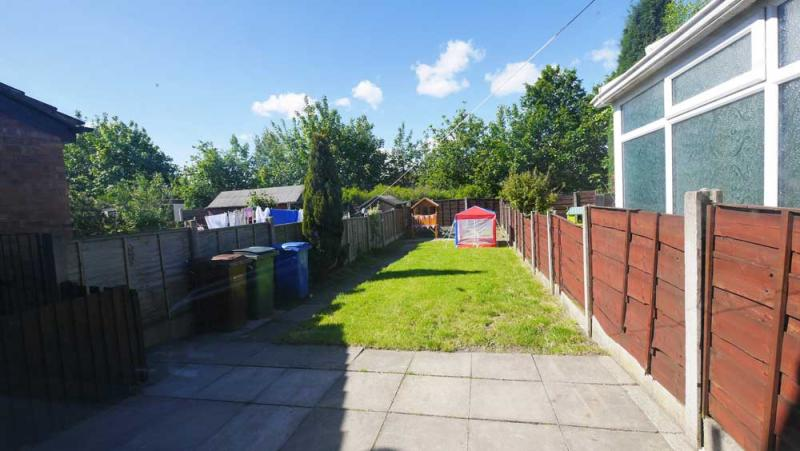 /Somerford Road,