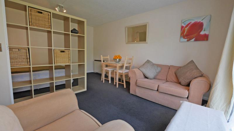 /Tatton Court, 