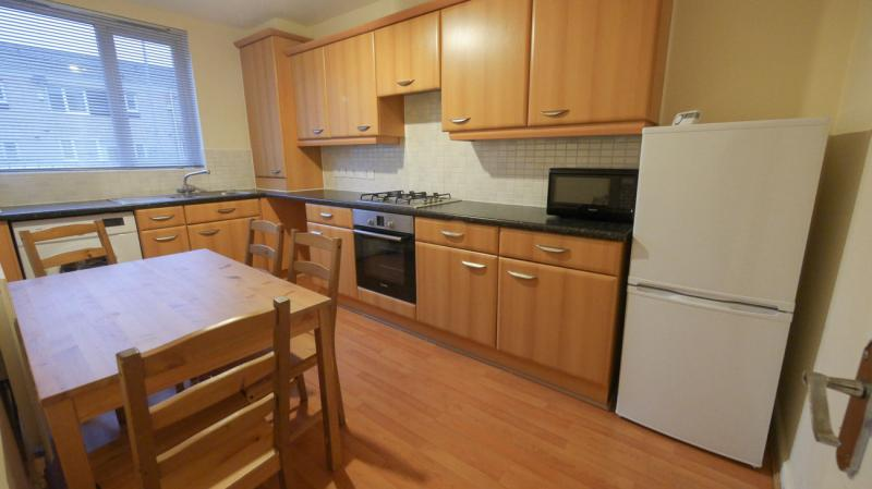 /Devonshire Street South,